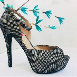 🎀BETSEY JOHNSON🎀Belee Stiletto Heel Size 8